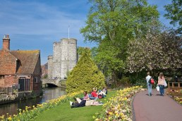 1200px-river_stour_in_canterbury2c_england_-_may_08